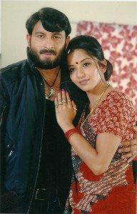 Manoj Tiwari And MonalisaBhojpuri Actress