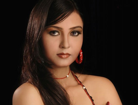 """Mohini Ghosh in """"Reza"""""""