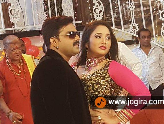 Bhojpuri actor Pawan singh and Rani chatterjee