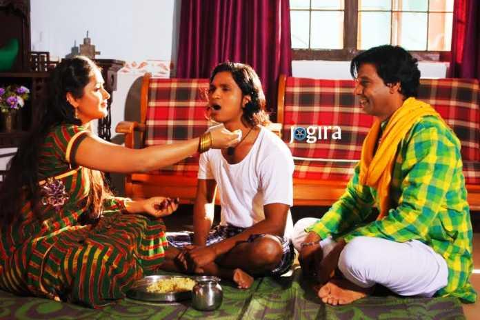 bhojpuri actress kajal raghwani and biraj bhatta in cheer haran