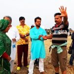 खेसारी लाल यादव भोजपुरी फिल्म की शूटिंग करते हुए